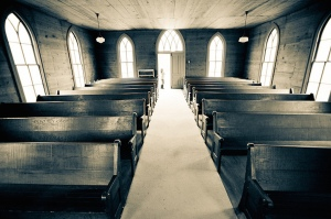 old empty church pews